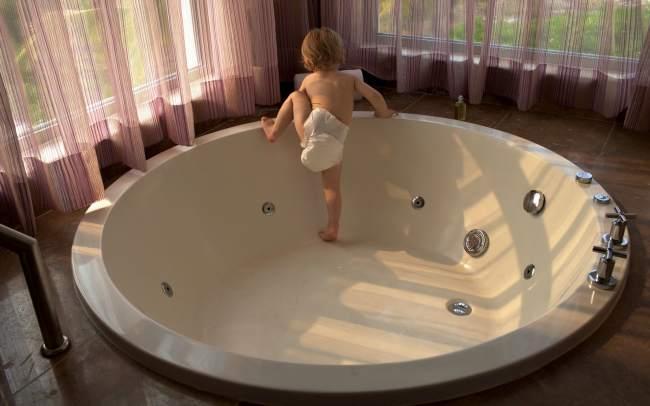 Baby-Travel-Hotel
