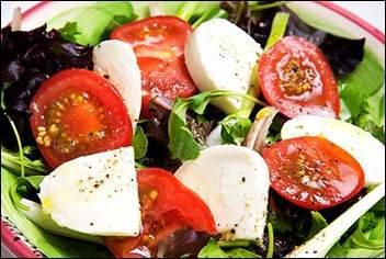 salad-mozarella