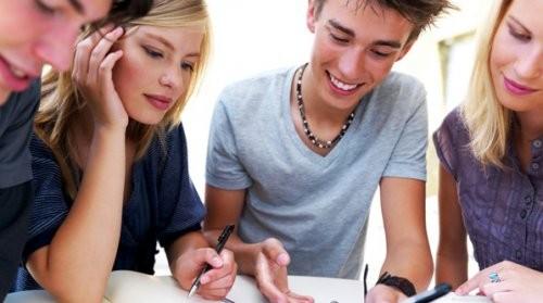 teens-studying