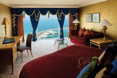 1319717532 jumeirah-beach-hotel-5-dubai-uae-room